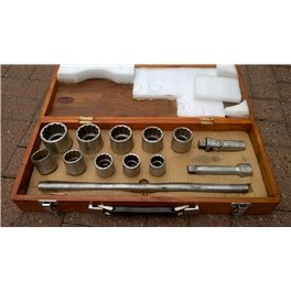 "3/4"" drive Imperial Socket set in wooden case"